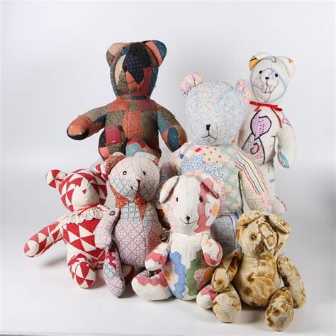 patchwork teddy bears   vintage  antique quilts