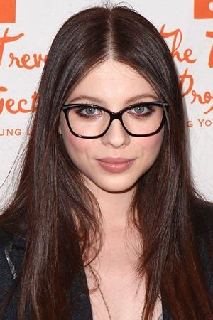 makeup ideas  steal  glasses wearing celebrities teen vogue