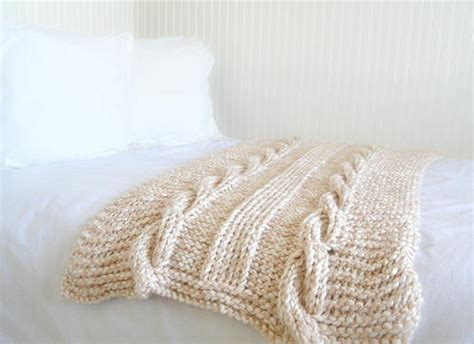 Extra Chunky Gratitude Blanket How Many Blankets Should A Newborn Have At Night To Use Fire Blanket Correctly Are Water Heater Insulation Worth It Entrelac Crochet Tutorial Cool For Summer Sock Monkey Throws Gray And White Baby Double Gauze Swaddle Pattern