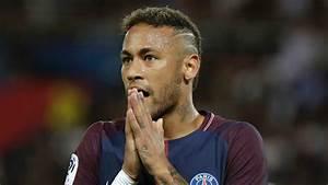 Neymar: gol capolavoro su punizione