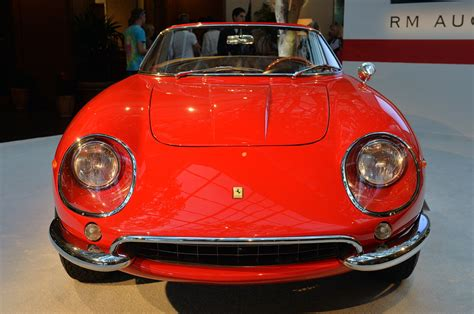 The ferrari 275 gtb replaced the very popular and successful 250 gt. © Automotiveblogz: 1967 Ferrari 275 GTB/4 NART Spider: Monterey 2013 Photos