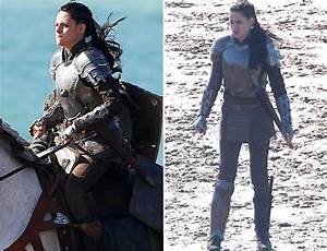 Kristen Stewart Suits Up In Armor For 'Snow White And The ...
