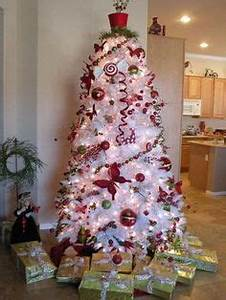 1000 images about Red & White Christmas Tree on Pinterest