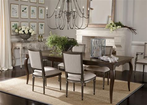 30 Rustic Dining Rooms That Radiate Refinement : Bijou Bistro Dining Room. It's Been Said That Simplicity