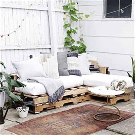 comment faire un canapé en palette comment faire un canapé en palette le tuto diy