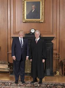 Trump visits Supreme Court as justices weigh travel ban ...