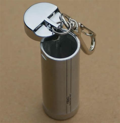 cylinder portable pocket ashtray  keychain feelgift