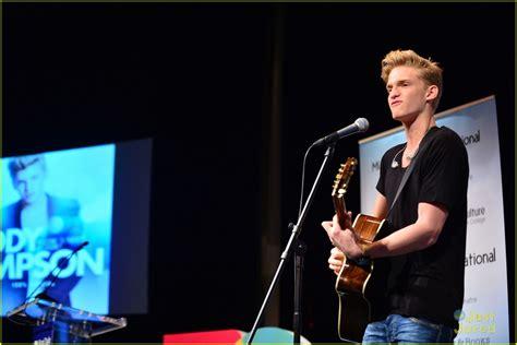 Cody Simpson Miami Concert Book Signing Photo 611064