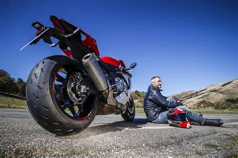 si鑒e social michelin michelin power rs lo stradale destinato ai motociclisti più sportivi ed esigenti