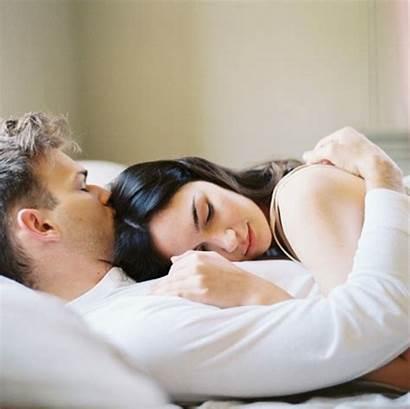 Wife Husband Sleep Iphone Wallpapers Yesofcorsa