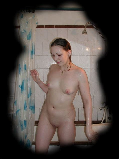 Voyeur Spy Shots Of Unsuspecting Chick Caught Taking A