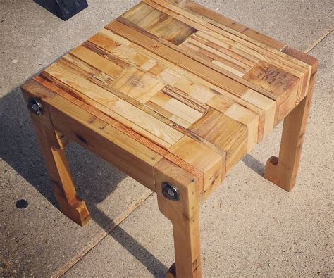pallet wood tableseat  upcycled pillow  steps