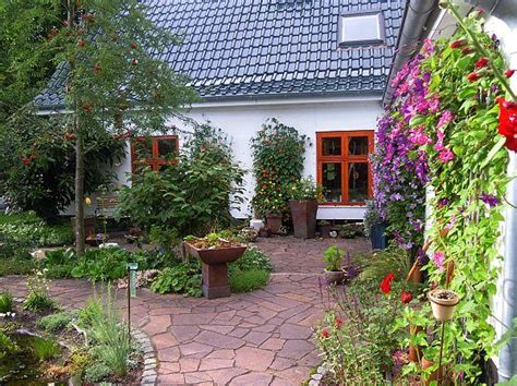 Kreative Dekoration Landhaus Garten