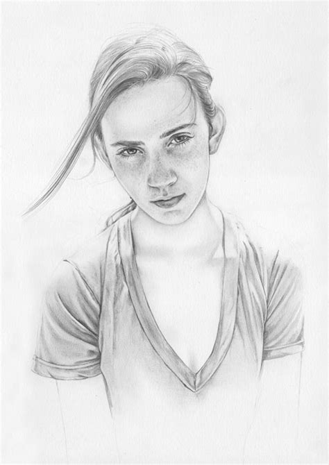 Learn how to draw easy for girls pictures using these outlines or print just for coloring. Portrait sketches full of humanity | Young Drawings