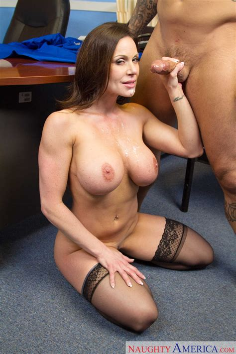 beautiful secretary is seducing her boss milf fox