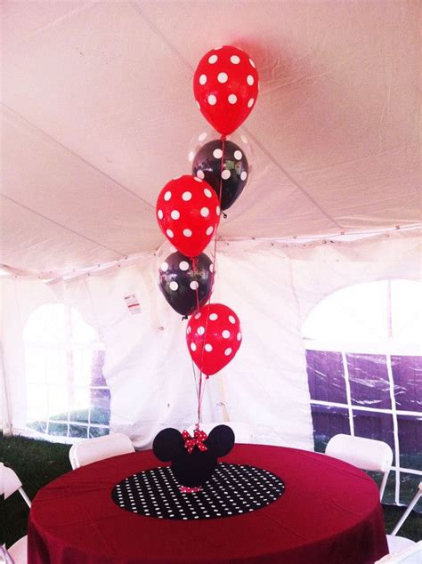 Mickey And Minnie Decorations - 1000 ideas about mickey minnie centerpieces on