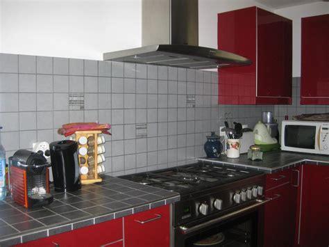 comment poser une cr馘ence de cuisine exceptionnel carrelage pour plan de travail de cuisine 4 ahurissant faïence plan
