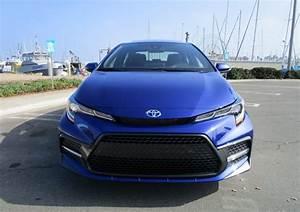 2020 Toyota Corolla Se 6-speed Manual Sedan