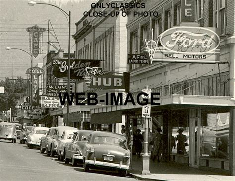 1949 GRANTS PASS OREGON MAIN STREET GREAT SIGNS PHOTO FORD