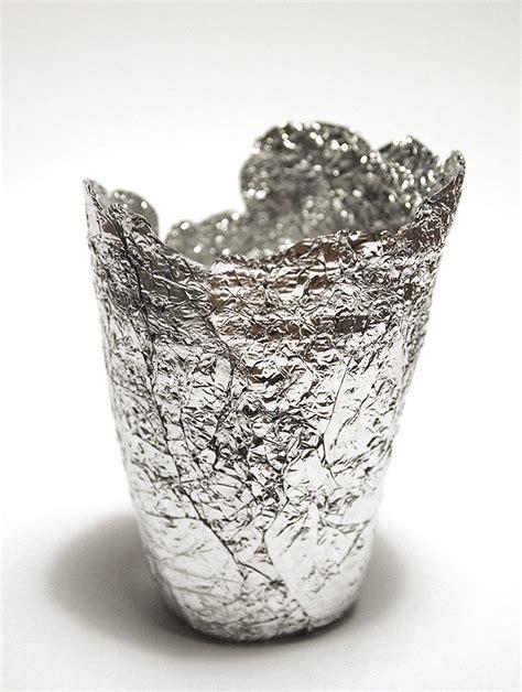 Foil Cups. 100 piece Aluminum Foil Muffin Cupcake Ramekin