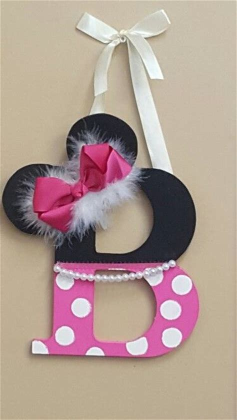 decoration mickey chambre best 25 minnie mouse ideas on minnie mouse
