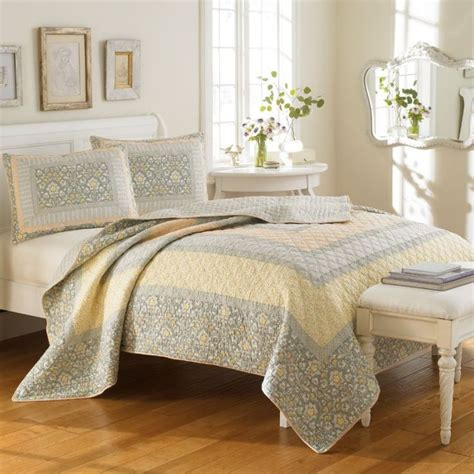 Yellow Quilts And Coverlets by Bedding Bedding Sheffield