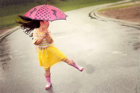 rain wallpapers sweet  girl  umbrella  rain