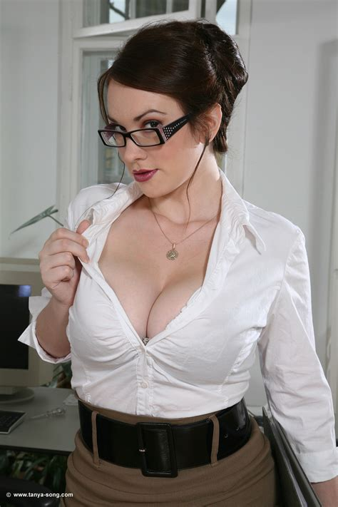 casual blouse the lovely song tonya song