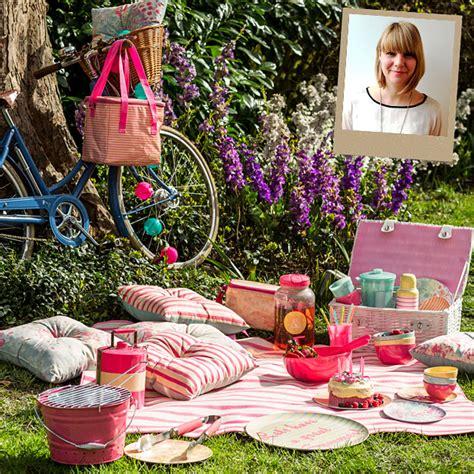picnics  parties  outdoor ideas
