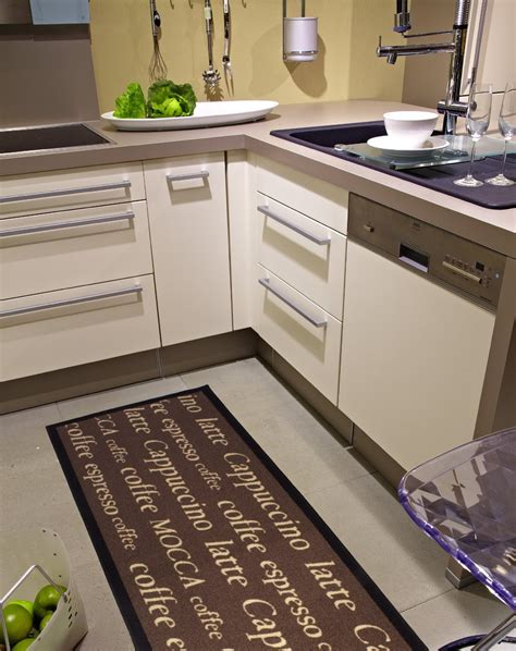 tapis sol cuisine carrelage design tapis de cuisine pas cher moderne