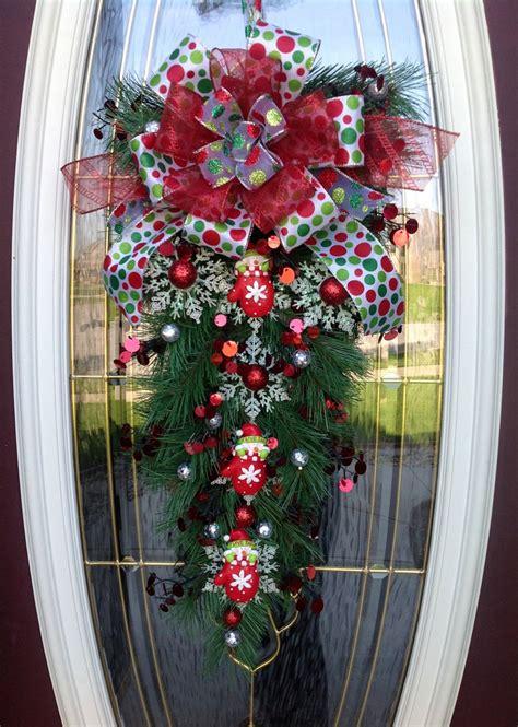 christmas wreath door wreath teardrop vertical swag decor