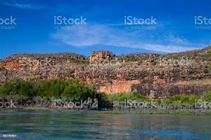 The, Hunter, River, Estuary, Huge, Sandstone, Cliffs, Surround, The, Landscape, Mixed, In, With, Mangrove