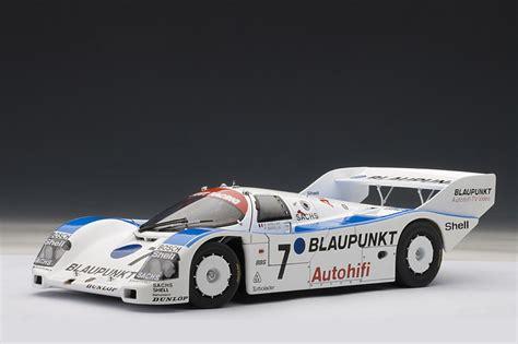 AUTOart: Porsche 962 C Nurburgring 1988 'Blaupunkt' #7 ...
