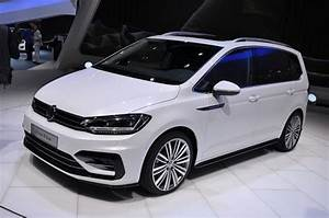 Volkswagen Touran R Line : genf 2015 volkswagen zeigt den neuen vw touran 2 automobil blog ~ Maxctalentgroup.com Avis de Voitures