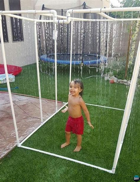 Backyard Sprinkler by 20 Pvc Pipe Diy Projects For