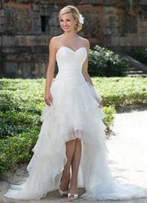 wedding dresses high low 25 of the most ridiculously beautiful hi lo wedding dresses on