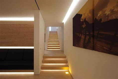 Minimalist House With Led Lights As Accent Lighting