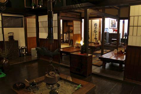cuisine japonaise traditionnelle maison traditionnelle japonaise à takayama