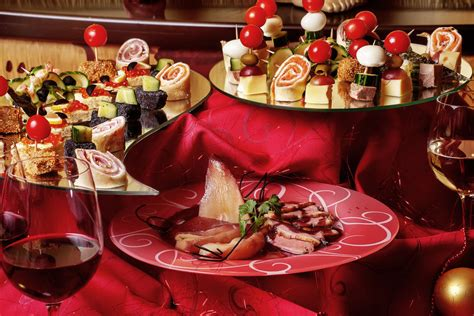 suggestions for christmas dinner mouth watering christmas dinner ideas godfather style
