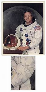 Lot Detail - Neil Armstrong Signed 8'' x 10'' NASA Photo ...