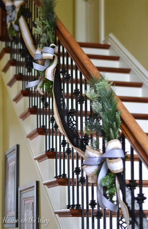 gorgeous christmas banister decorating ideas