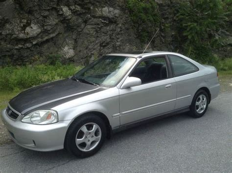 Purchase Used 1999 Honda Civic Ex Coupe 2-door 1.6l Vtec