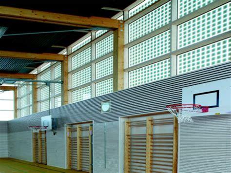 Isolierverglasung Mit Integriertem Sonnenschutz by Turnhalle Burgweinting In Regensburg Sonnenschutz