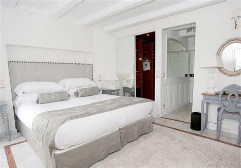 chambre hotel 5 etoiles hotel de luxe côte d 39 azur la chèvre d 39 or hôtel 5 étoiles