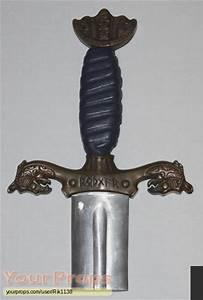 Outlander Hrothgar's Special Effects Sword original prop ...