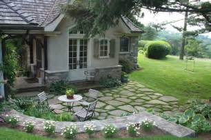 Country Kitchen Table Decorating Ideas by Fieldstone Patio Traditional Patio New York By