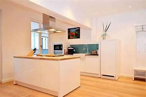 Moderne kuche mit kochinsel bildergalerie ostsee for Moderne küche mit kochinsel