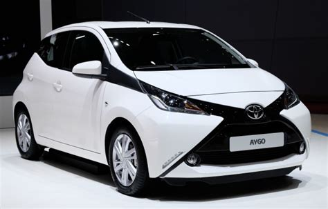 Toyota Aygo  Secondgen City Car Officially Unveiled