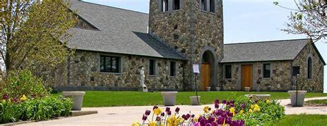 foto de St Edmund's Retreat at Enders Island in Mystic CT So
