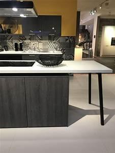 Kücheninsel Mit Tisch : die besten 25 moderner k cheninsel ideen auf pinterest l ndliches badezimmer dekorationen ~ Yasmunasinghe.com Haus und Dekorationen